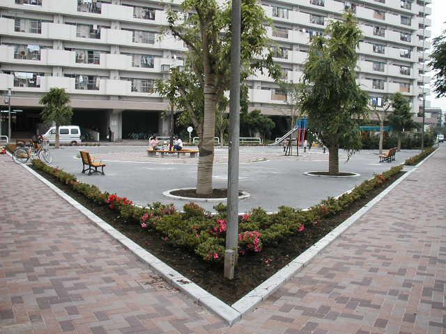 都営西新小岩アパ-ト遊園施設整備工事の近景写真