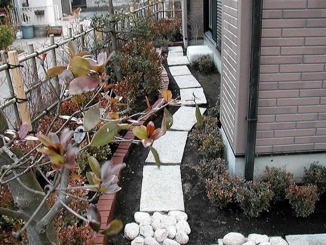 東京都・K邸庭園造成工事の植栽部分写真