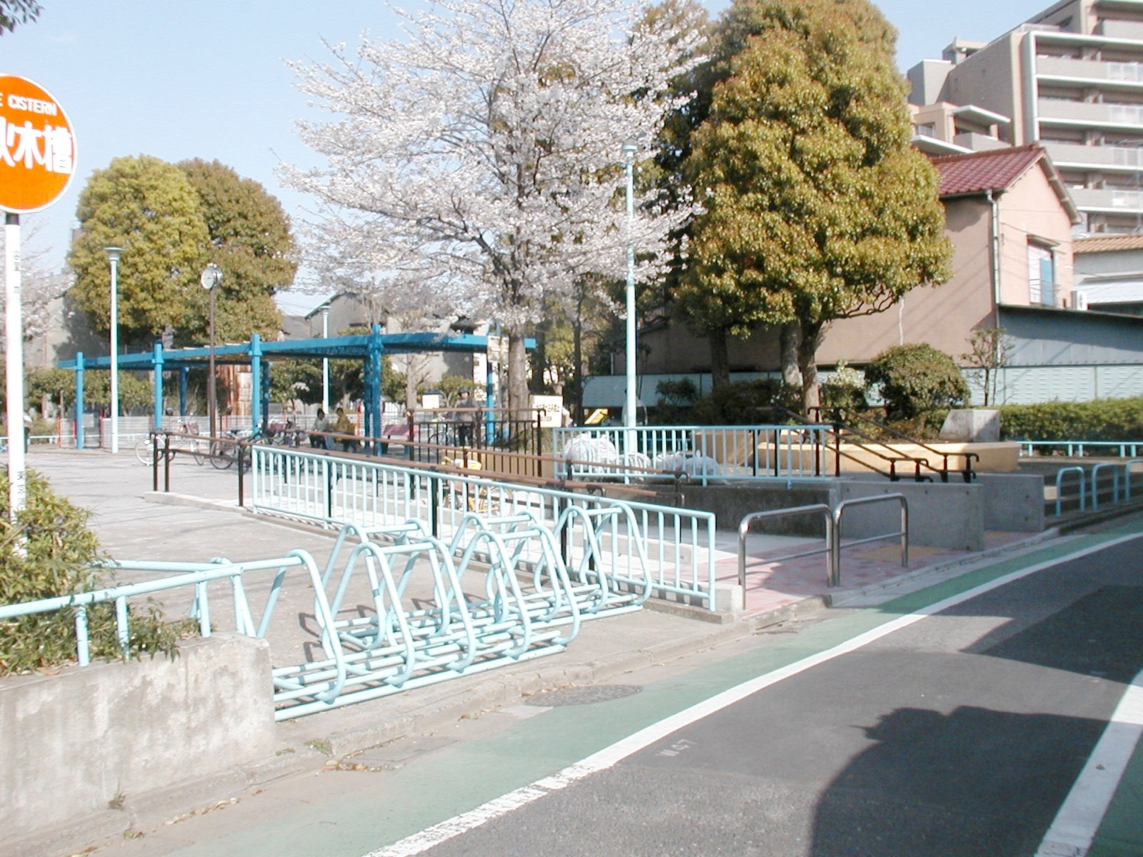 篠原公園改良(バリアフリー化)工事の施工後写真