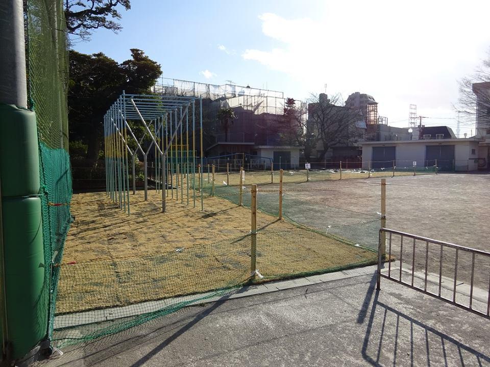 葛飾区の小学校(2校)芝生化工事終了
