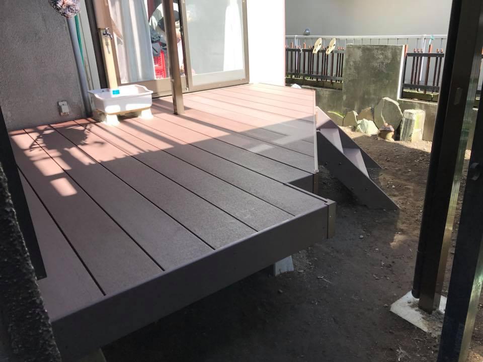 個人宅のお庭にウッドデッキを設置しました!