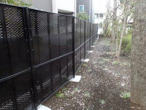 公園工事の事例紹介その3 組立塀撤去とフェンス新設